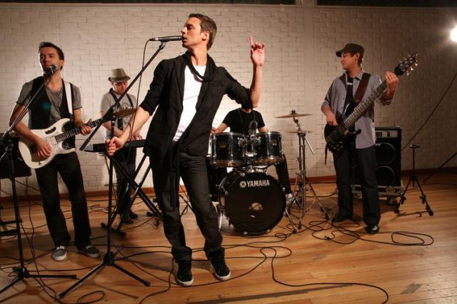 знакомство с музыкальным инструментом в младшей группе